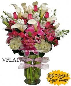 LOVELY GESTURE Floral Arrangement