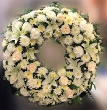 GENTLE IN WHITE WREATH