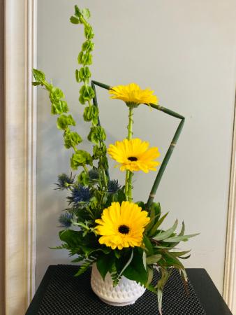Gerbera smile Flower Arrangement