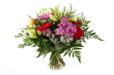 Gerbera/Lily/mums Bouquet
