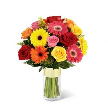 Gerbra and rose vase