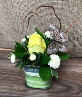 Gesture of appreciation Fresh flower arrangement