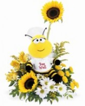 Telelflora's Bee Well Fresh Arrangmeent