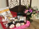 Gift Basket & Flower Combo Fresh Arrangement with Food basket