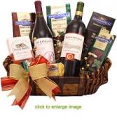 Gift Basket Wine & Snacks