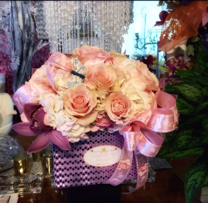 Gift box arrangement  Pretty pink