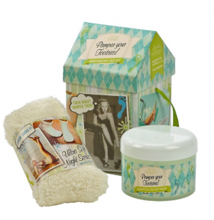 Gift Set - Pamper Your Tootsies Eucalyptus Scented Foot Spa in Plainview, TX | Kan Del's Floral, Candles & Gifts