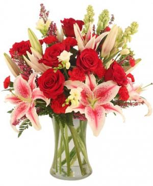 Glamorous Bouquet in North Salem, IN | GARDEN GATE GIFT & FLOWER SHOP