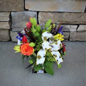 Glamorous Gift Birthday Flowers