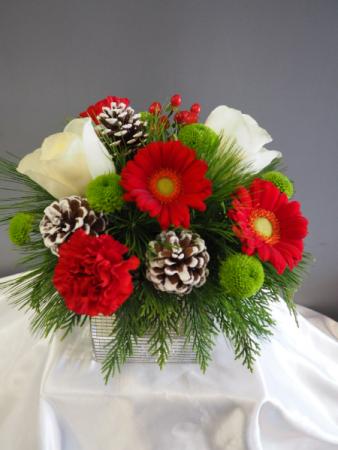 Glitzy Holiday Cube Flower Arrangement