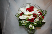 globe red & white bridal bouquet