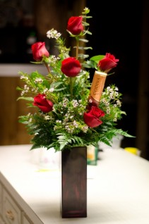 Godiva Chocolate & Roses  GR101 Elegant  Roses & Godiva Chocolate