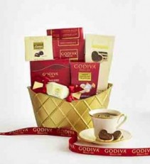 Godiva Valentine Basket Deluxe