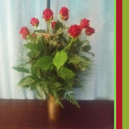 Golden Dozzen Plus Roses