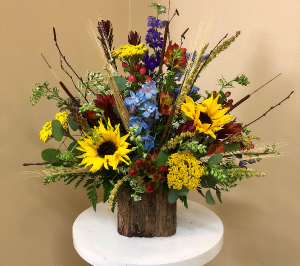 Golden Fall Created Just For You in Springfield, IL | FLOWERS BY MARY LOU INC