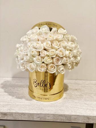 Golden Love 50 Fresh Cut Roses