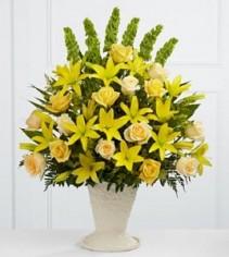 Golden Memories Funeral Flowers