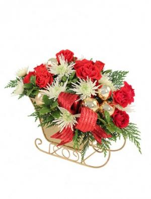 Golden Sleigh Bouquet in Wellington, CO | WELLINGTON FLOWERS and MORE