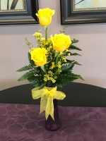 Golden Trio Rose vase arrangement in Decatur, TX | A RAY OF FLOWERS