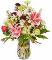 Goldy Hawn Romantic Floral Design
