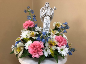 Gone Yet Not Forgotten With a Keepsake Angel in Springfield, IL | FLOWERS BY MARY LOU INC