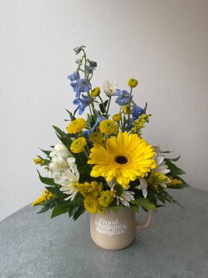 Good Morning Sunshine! Mug Arrangement in La Grande, OR | FITZGERALD FLOWERS