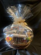 Extravagant Deluxe Gourmet  Gift Basket