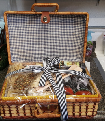 Gourmet Gift Basket Variety of Pantry Goods