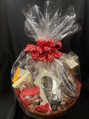 Gourmet  Goody Basket in Red Lake, ON | FOREVER GREEN GIFT BOUTIQUE