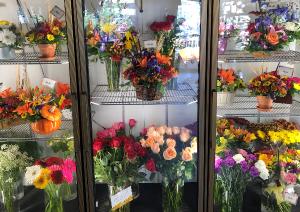 Fresh pre-made Arrangements  in Medfield, MA | Lovell's Florist, Greenhouse & Nursery