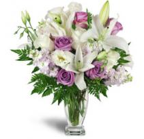 GRACEFUL ARRANGEMENT  vase arrangement