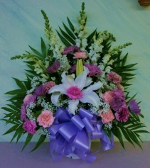 GRACEFUL TRIBUTE BASKET Funeral Basket