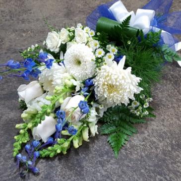 Graduation Bouquet in Blue and White Graduation