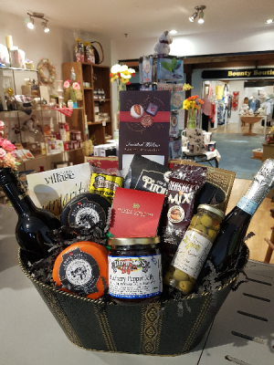 GOURMET BASKET With 2 bottles of wine and much more in Halifax, NS | Twisted Willow