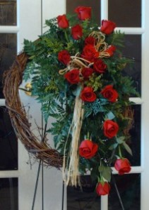 Loving Comfort Grapevine Wreath 2748 Standing Spray