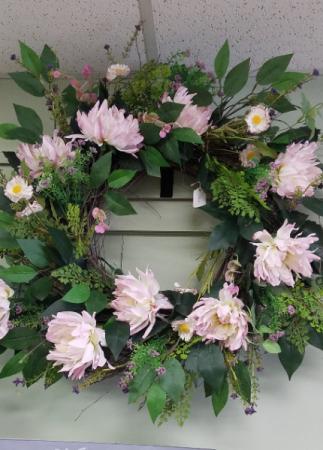 Grapevine Wreath Pinks