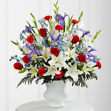GRATITUTE ARRANGEMENT RED,BLUE AND WHITE SPRAY