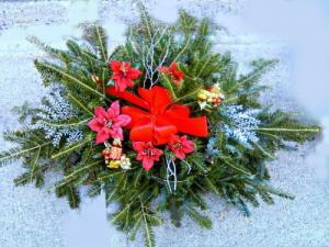Holiday Grave Blanket  Custom Design in Fair Lawn, NJ | Dietch's Florist