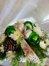 green & white centrepiece