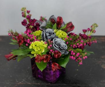 Grey Roses and Hydrangea