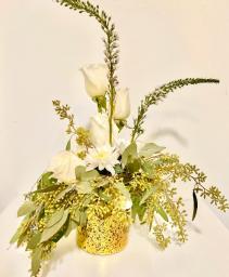 Guest centerpiece Floral centerpiece
