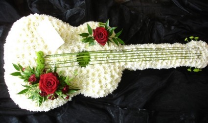 FA 20-Guitar arrangement Other specialty items available on request