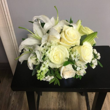 GWF-16 Flower Arrangement