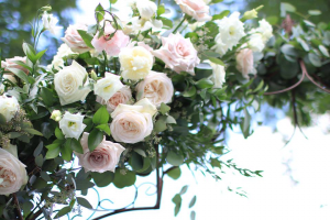 Hair Flowers  in Oakville, ON | ANN'S FLOWER BOUTIQUE-Wedding & Event Florist