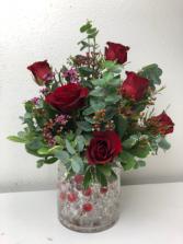 Half a Dozen of Love 6 Roses in a vase