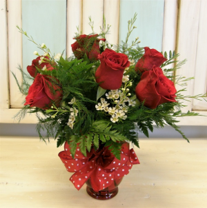 Half Dozen Red Roses Vased Arrangement in Winter Springs, FL | WINTER SPRINGS FLORIST AND GIFTS