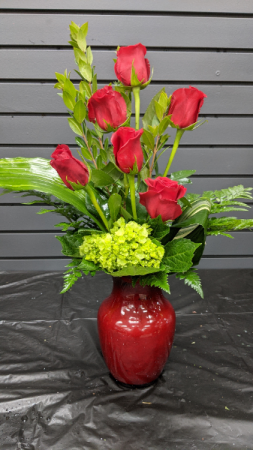 Half Dozen Roses vase