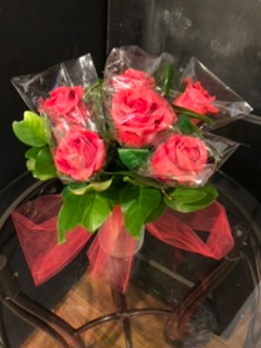 Half dozen strawberry roses Edible confection