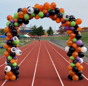Halloween Arch  in Exeter, PA | CARMEN'S FLOWERS & GIFTS