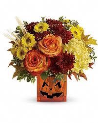 Halloween Glow    T12H120 Fresh Floral Arrangement